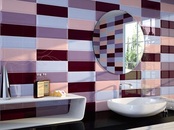 cegłowe ściany w łazience